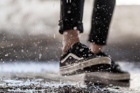 FelipeSandoval - En esto creo - Bailar bajo la lluvia